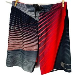 Oakley Swim - Oakley Hydrofuse Board Shorts Size 33 Black Red